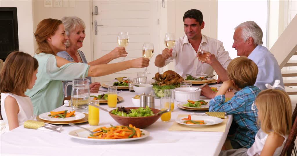 Porodice koje jedu zajedno su zdravije   Fett Frei